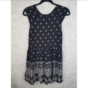 5/$25 Minkpink bird dress.